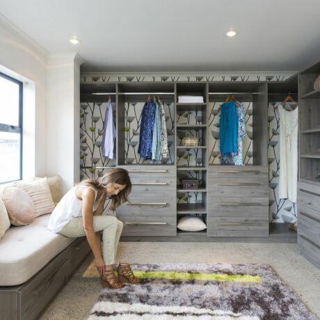 Try Oprah Winfrey's closet hanger experiment