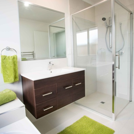 Choosing a bathroom for comfort, luxury and functionality