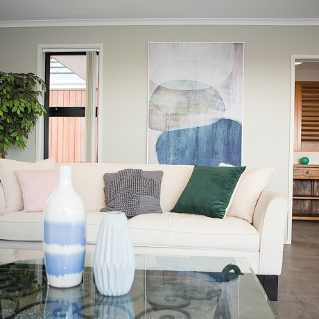Nine easy ways to maximise your interior wall spaces