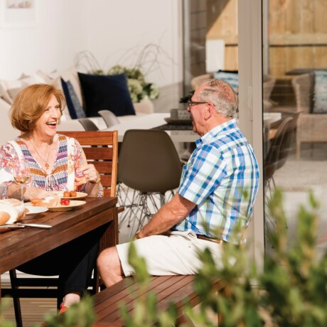 Small build movement resonates with savvy buyers